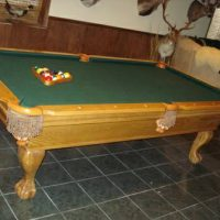 Connely Pool Table Excellent Condition