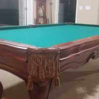 Presidential Billard Pool Table-Edison With Table and Chairs